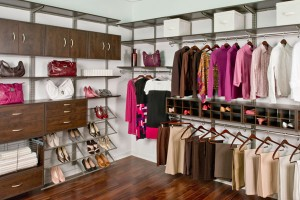 freedomRail Chocolate Pear Walk-in Closet