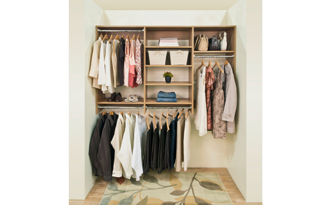Classica Cypress Live Reach-in Closet