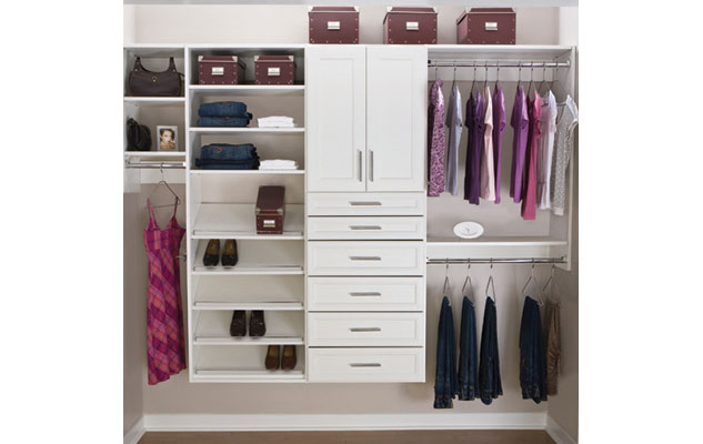 Classica White Reach-in Closet